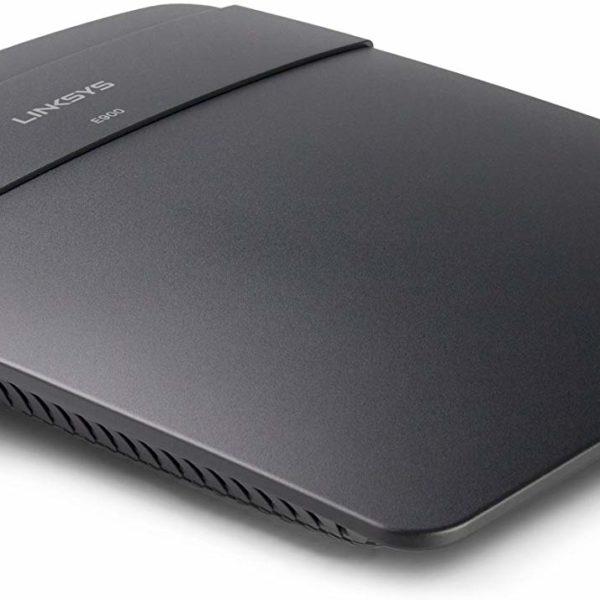 Linksys E900 N300 WiFi Router Side