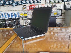 Dell Latitude E5530 2