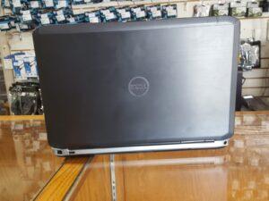 Dell Latitude E5530 4
